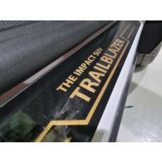 트레일블레이저 카본 도어스커프